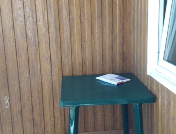 Люкс Люкс сдеревянной верандой 2х местный,3, база отдыха «Азов Коралл», Кирилловка. Фото 5