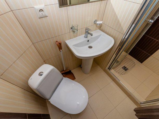 Deluxe №2 (1 к.), гостевой дом «Адамант», Кирилловка. Фото 5