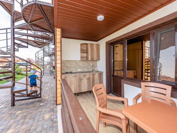 Deluxe №2 (2 к.), гостевой дом «Адамант», Кирилловка. Фото 6