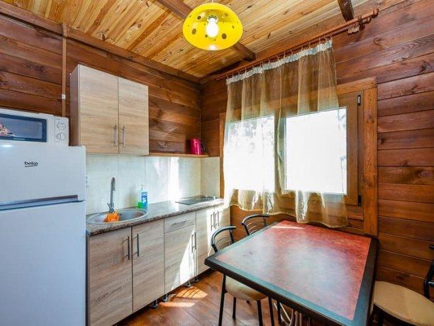 Люкс с кухней, №1, база отдыха «Нептун», Приморск. Фото 4