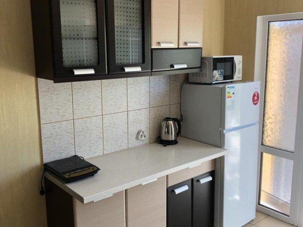 Семейный-люкс №20, база отдыха «Гостиный двор», Кирилловка. Фото 5