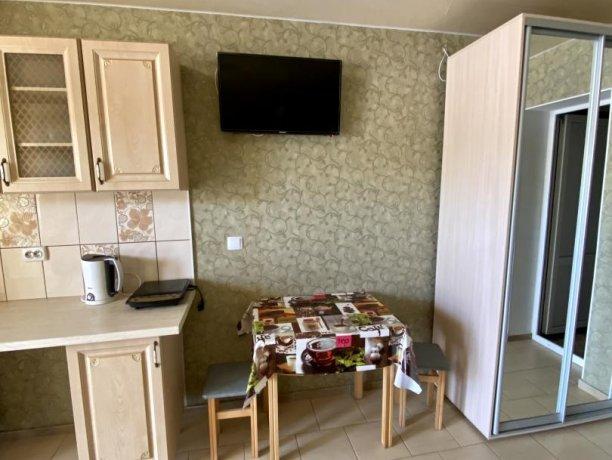 Семейный-люкс №36, база отдыха «Гостиный двор», Кирилловка. Фото 8