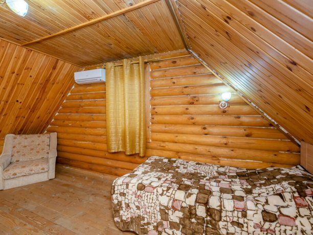 Коттедж №4, база отдыха «Маричка», Кирилловка. Фото 3