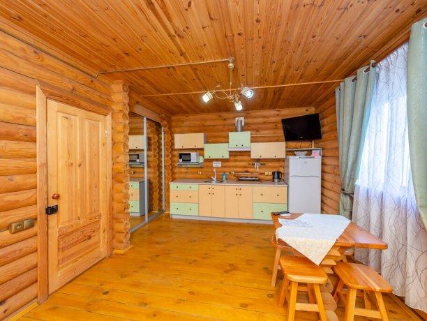 Коттедж №8, база отдыха «Маричка», Кирилловка. Фото 9