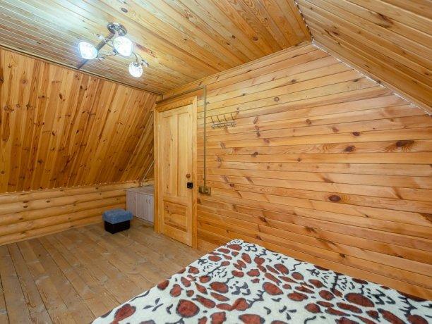Коттедж №8, база отдыха «Маричка», Кирилловка. Фото 1