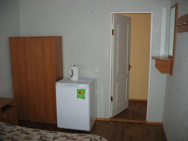 Стандарт №1, база отдыха «Елена», Кирилловка. Фото 1