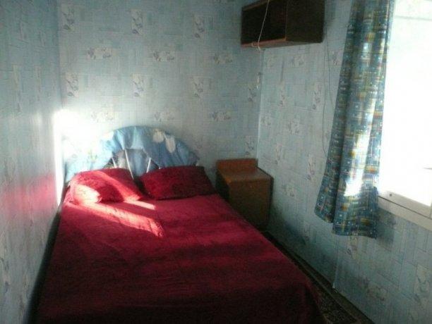 Эконом Домик №16, база отдыха «Орион», Кирилловка. Фото 1
