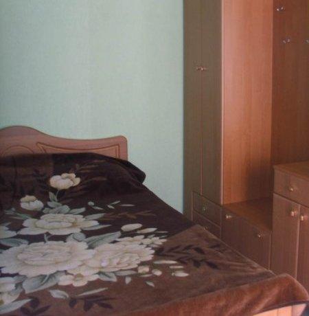 Люкс №4 (2к), база отдыха «Арис», Кирилловка. Фото 1